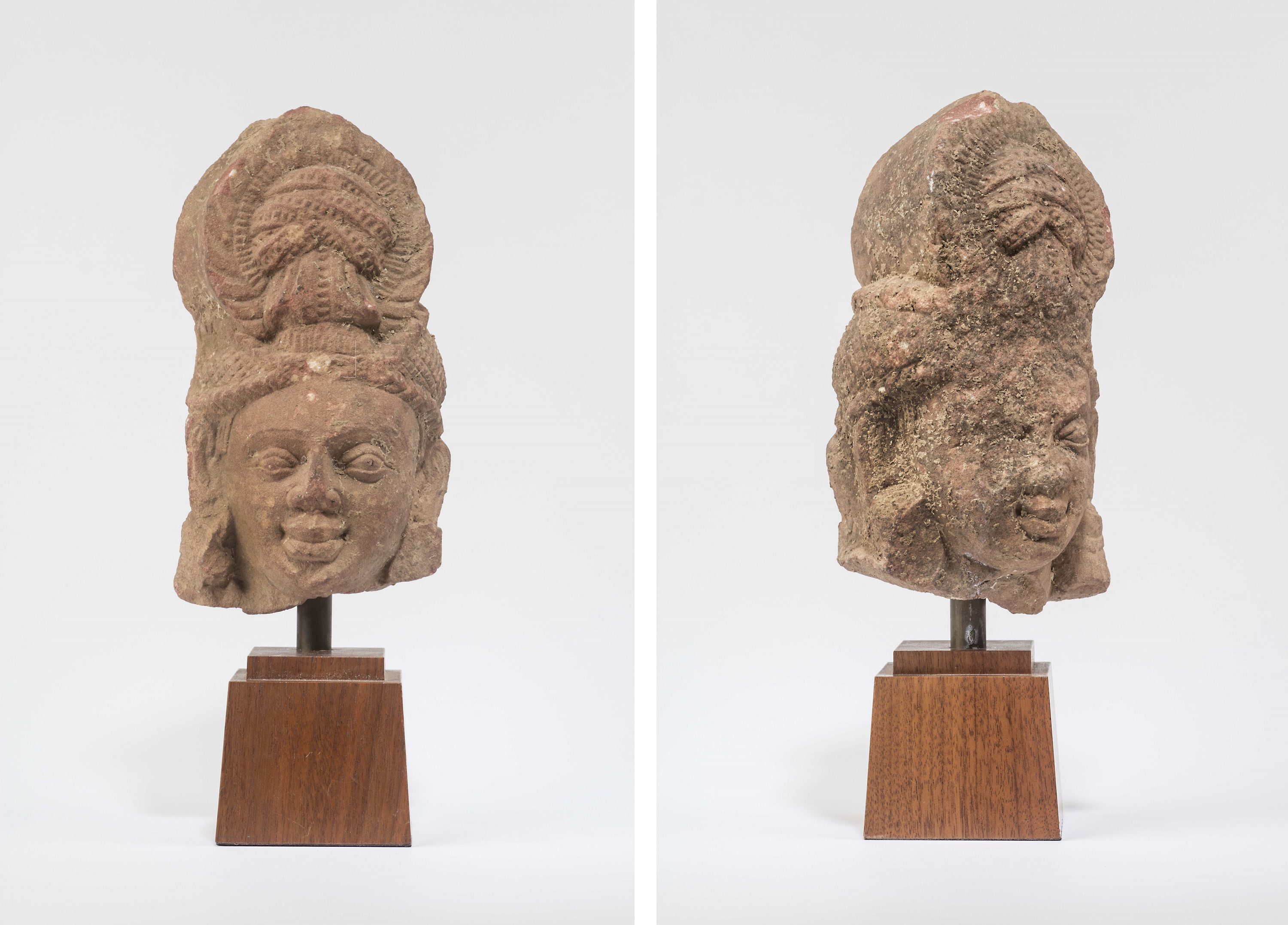 Red Sikri Sandstone Addorsed Heads